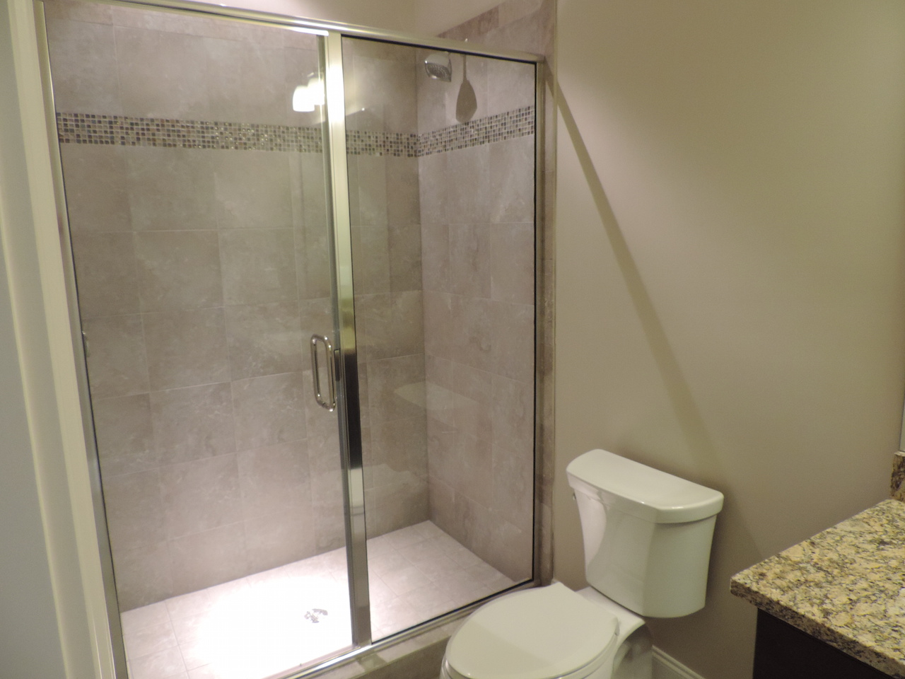 Semi-Frameless Shower Example45