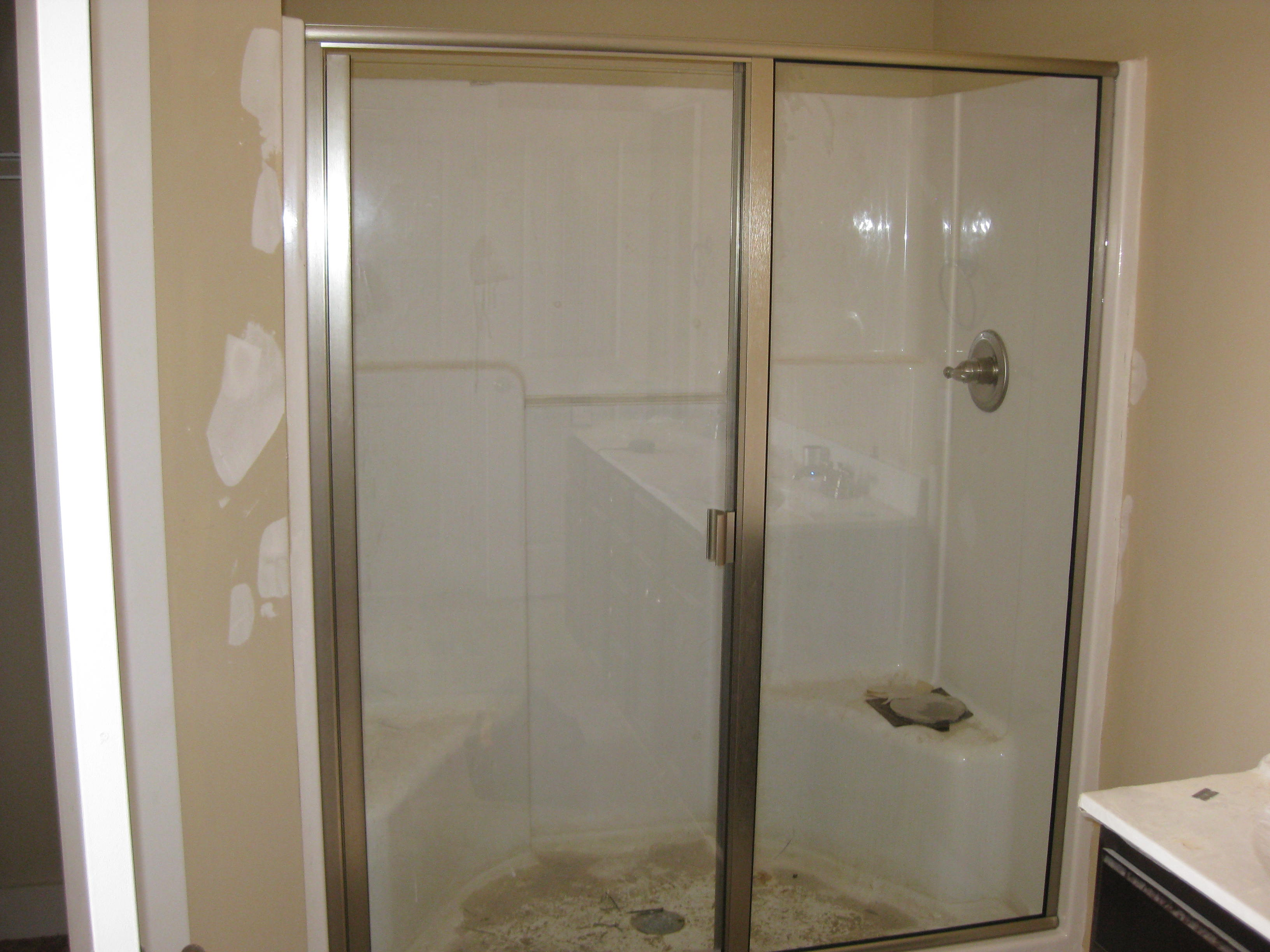 Semi-Frameless Shower 5