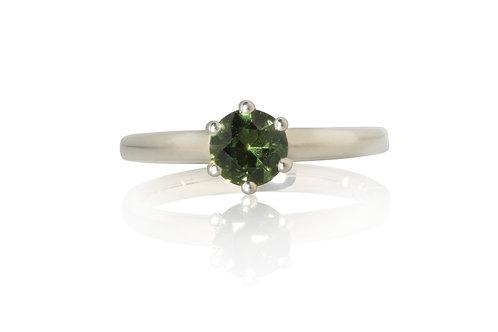 Solitare Green Brilliant Sapphire Ring