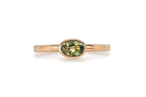 Green Yellow Oval Solitare Sapphire Ring