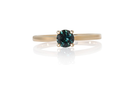 Blue Green Brilliant Solitare Sapphire Ring