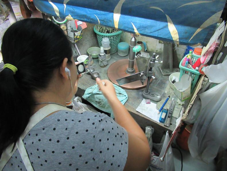 Workshop Gem Cutting