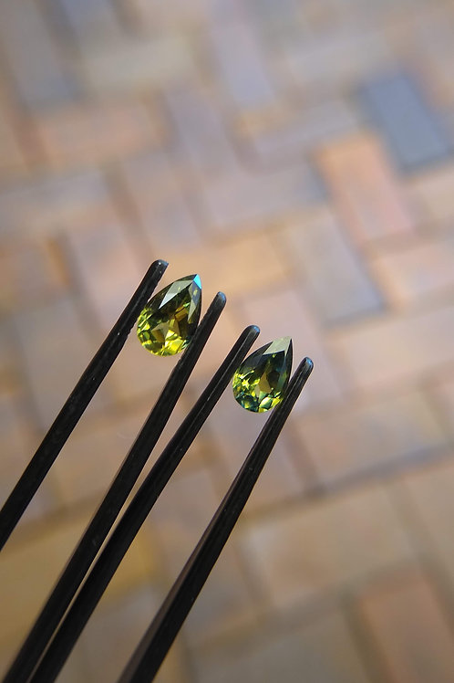 Green Yellow Drop Sapphire Pair