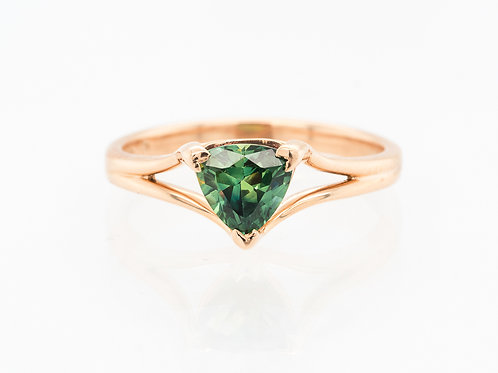 Blue Green Yellow Trilliant Solitare Sapphire Ring