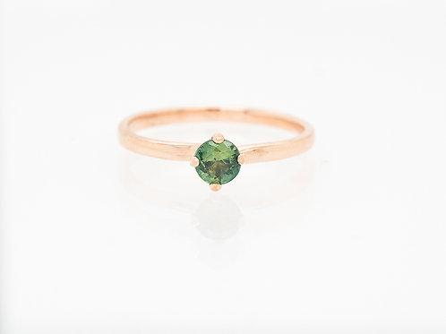 Green Brilliant Solitare Sapphire Ring
