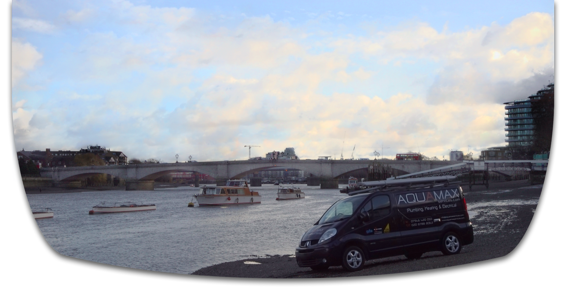 Aquamax Van by Putney Bridge