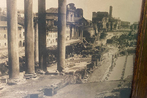 Italian Ruins (black&white)
