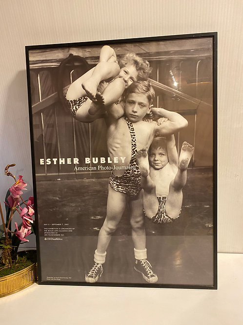 "Esther Bubley ""Strong man"""