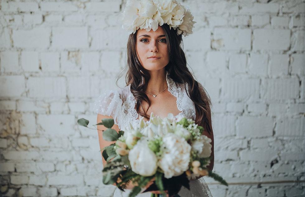 bouquet mariee mariage couronne fleurs sechees geveze fleuriste