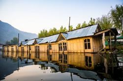 Sinking boathouse in Srinagar