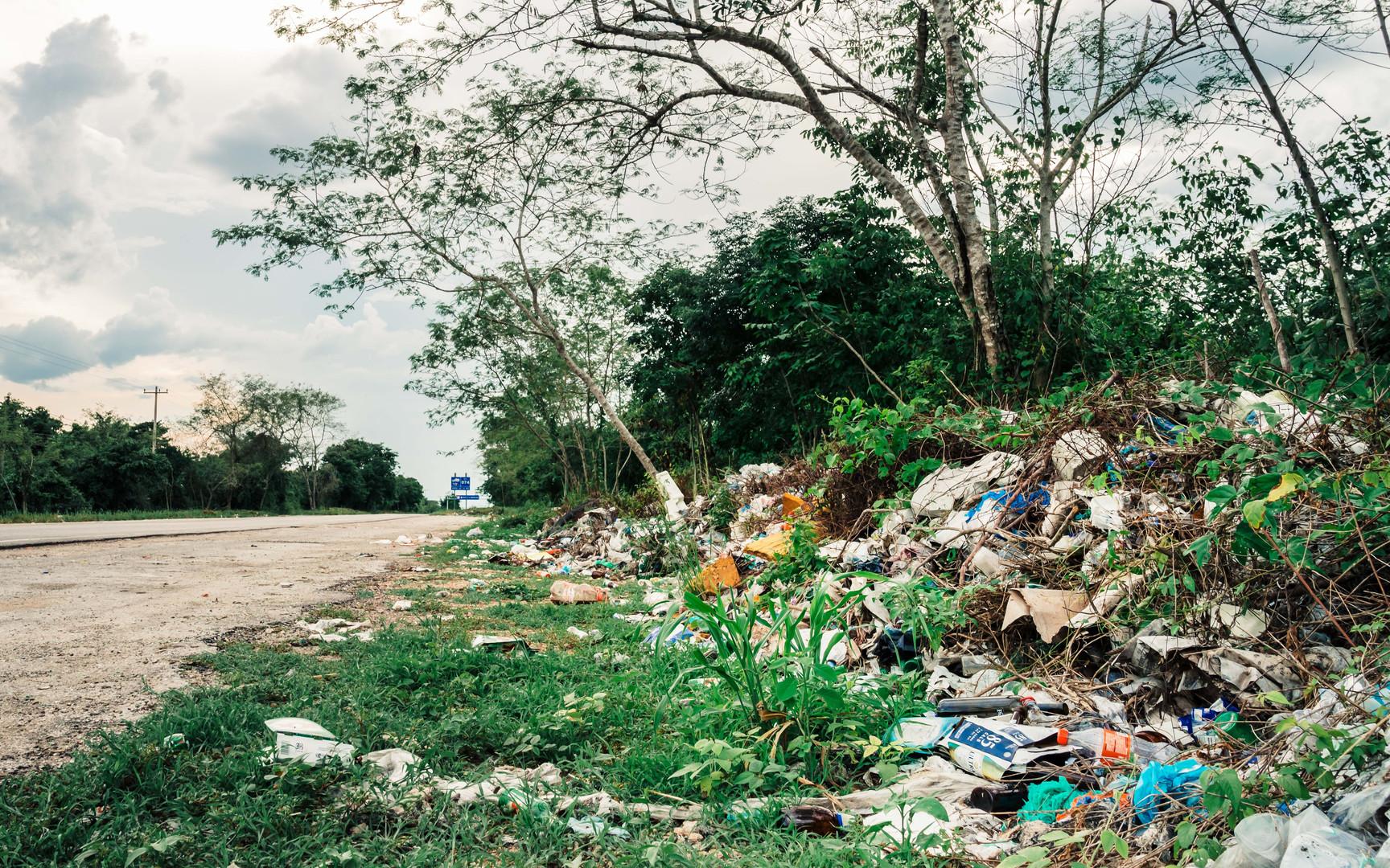 Trash - Mexico - Chichen Itza