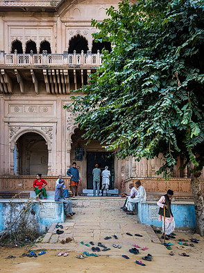Uttar Pradesh Temple near Unknown Pond