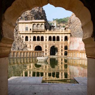 Galta Ji Temple's Kunds