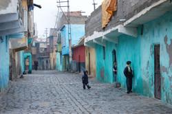 Shy kids in Diyarbakir