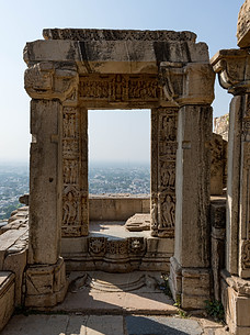 After the entrance to Gomukh Holy Kund in Chittorgarh