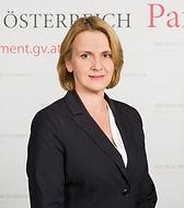 Frau Dr. Belakowitsch-Jenewein