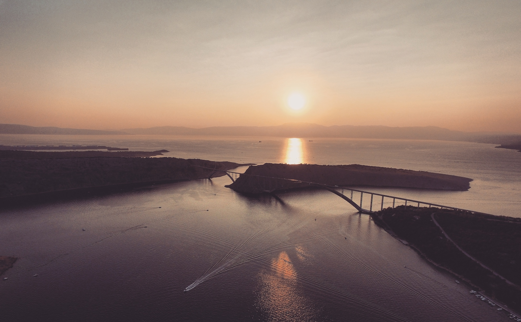 Drohnenfoto Kroatien Krk Brücke