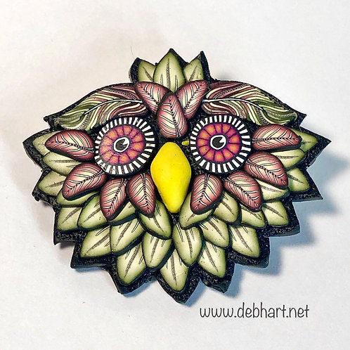 Owl Pin - olive/red