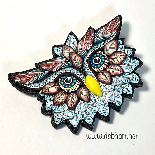 Owl Pin - red/light blue