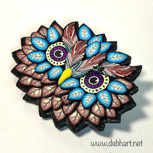 Owl Pin - red/turquoise