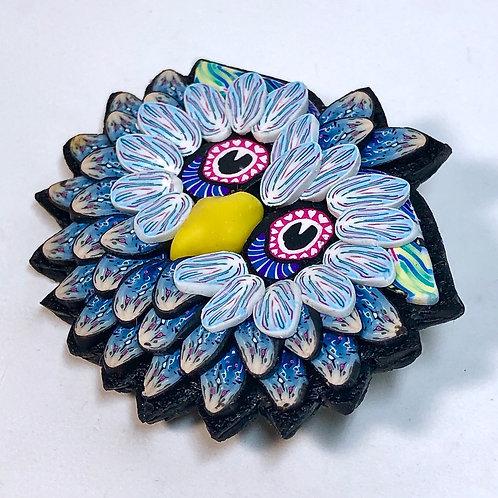 Owl Pin - denim/light blue
