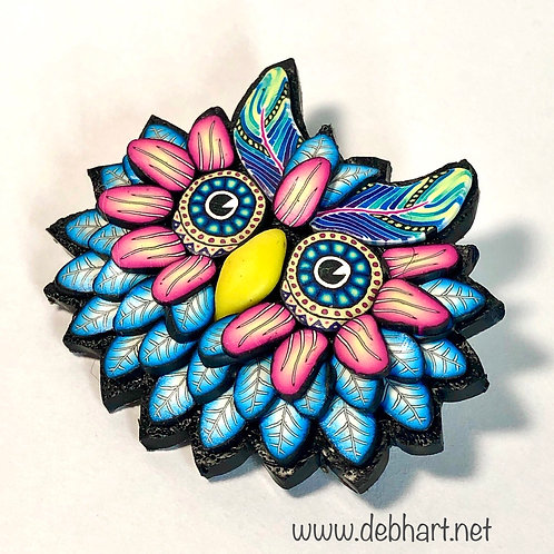 Owl Pin - turquoise/pink
