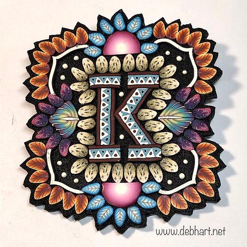 'K' initial pin/pendant