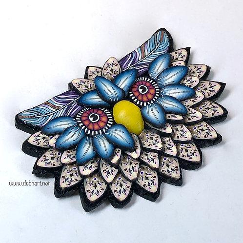 Owl Pin - Khaki/Indigo