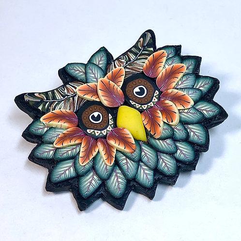 Owl Pin - green/orange