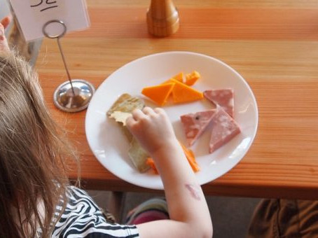 7 Tips To Get Your Picky Eaters Eating