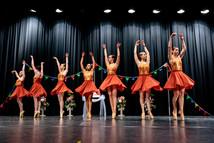 Blue Dancers-9.jpg