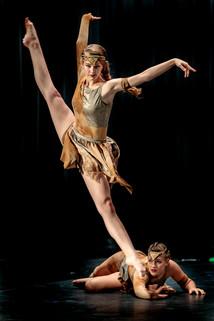 Blue Dancers-12.jpg