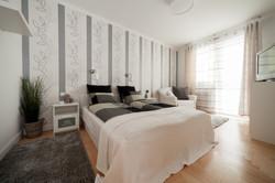 No1 bedroom Hollo2
