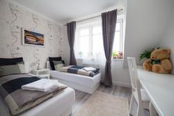 No3 bedroom (2)