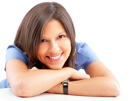 Implantes dentales en San Bernardo:      Un caso clínico de instalación de dos implantes con carga i