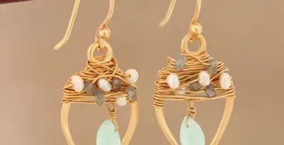 Pendientes colgantes con cuentas de múltiples piedras preciosas chapadas en oro de 22k