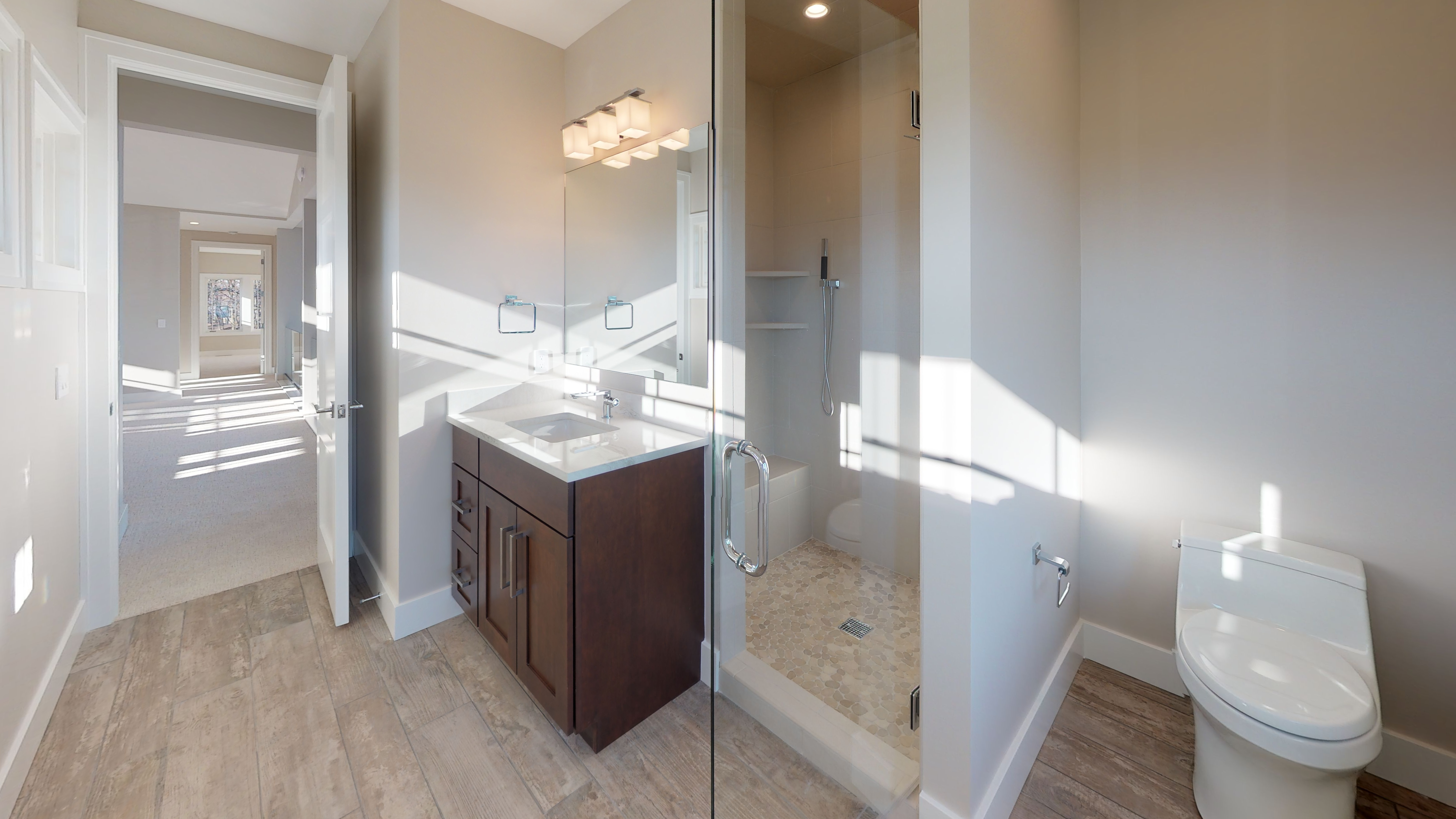 385-Chestnut-Ridge-Bathroom(2).jpg