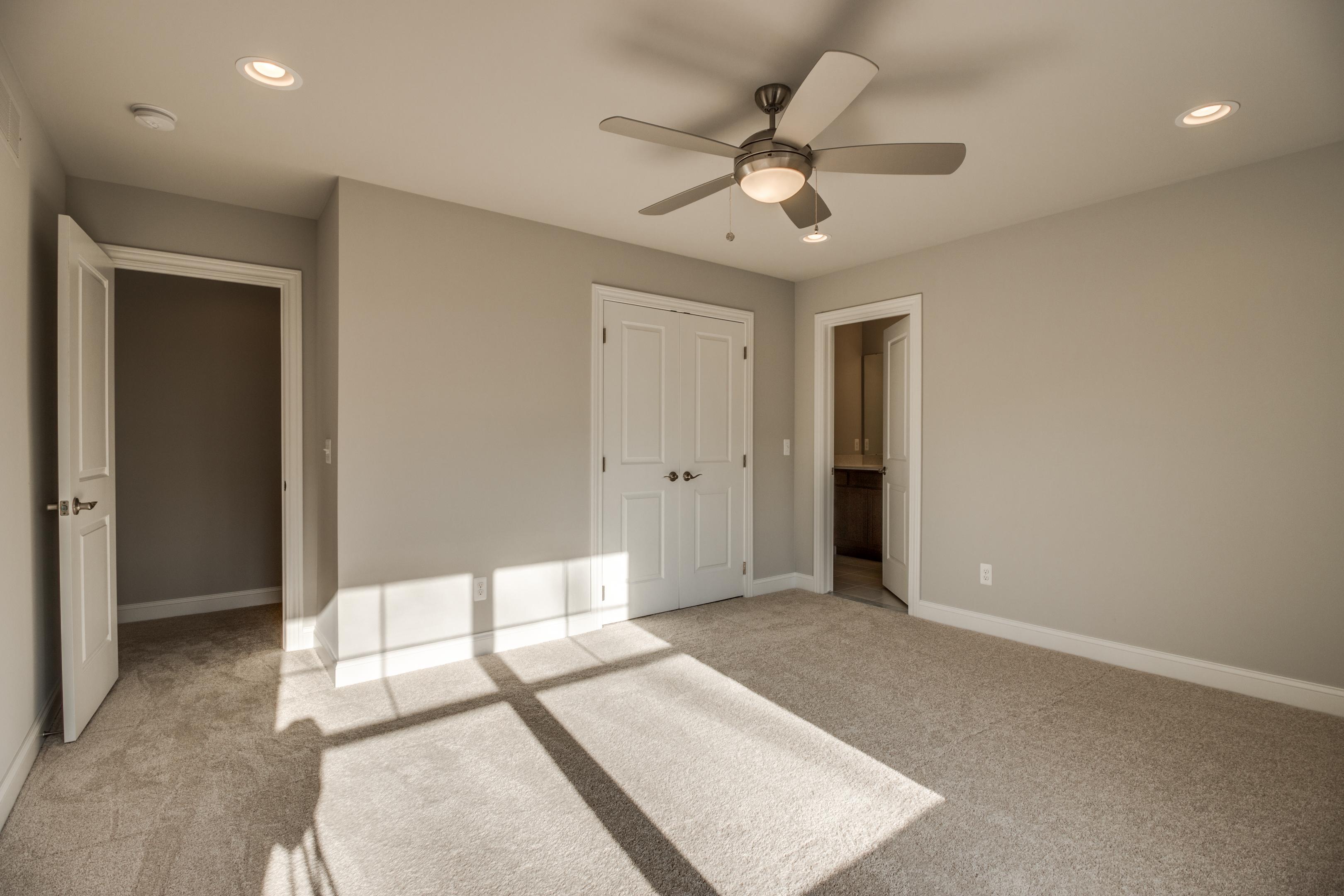 Interiors 32.jpg