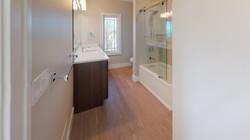 385-Chestnut-Ridge-Bathroom(3).jpg