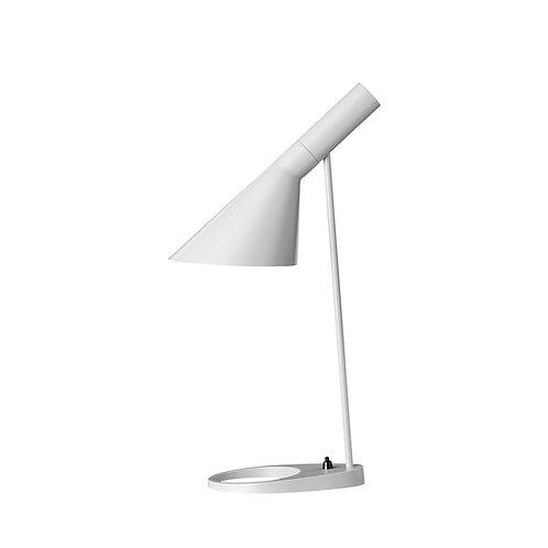AJ namizno svetilo, Arne Jacobsen