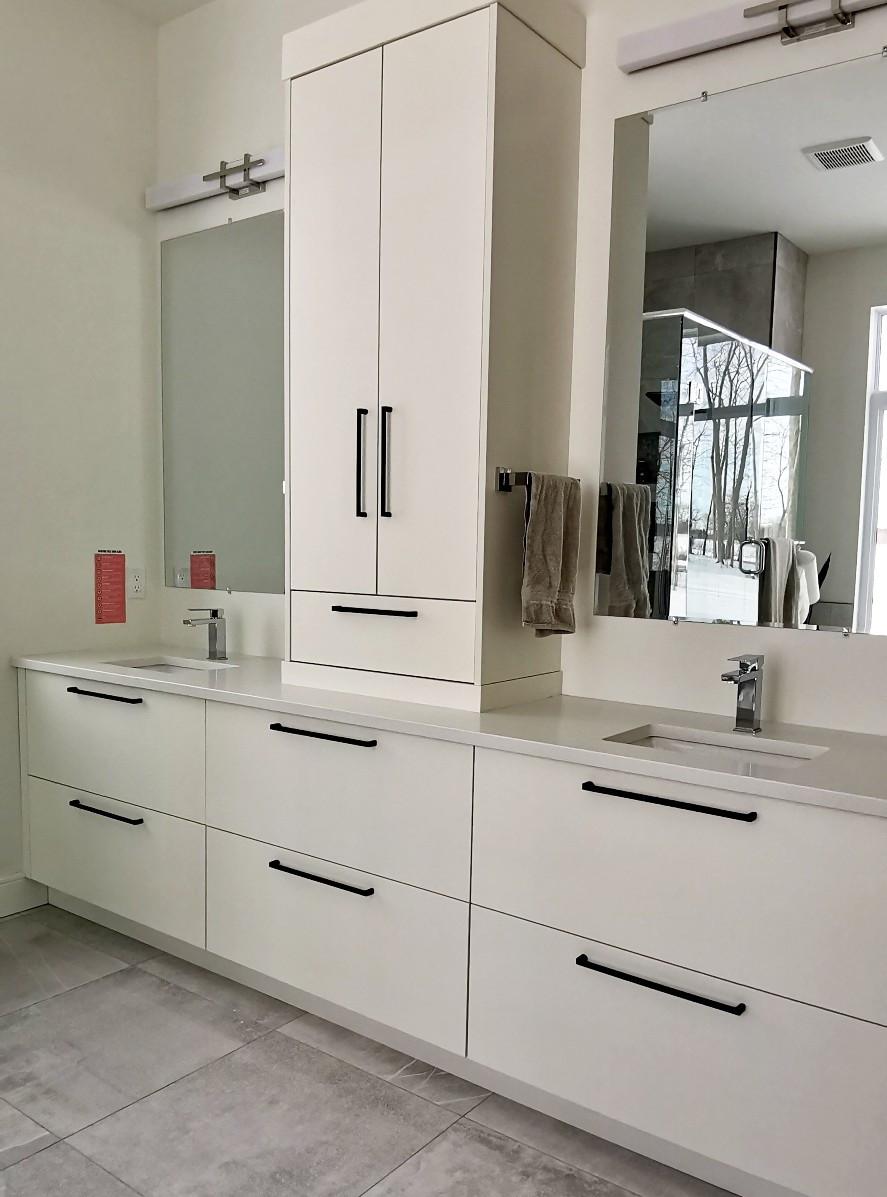 double vanity 2.jpg