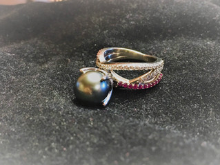 Engagement Inspiration! Custom Made Tahitian Cultured Pearl Ring!💍