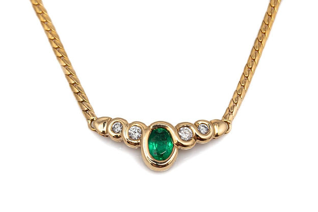 atwood emerald necklace