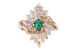 atwood jewelers emeralds ring