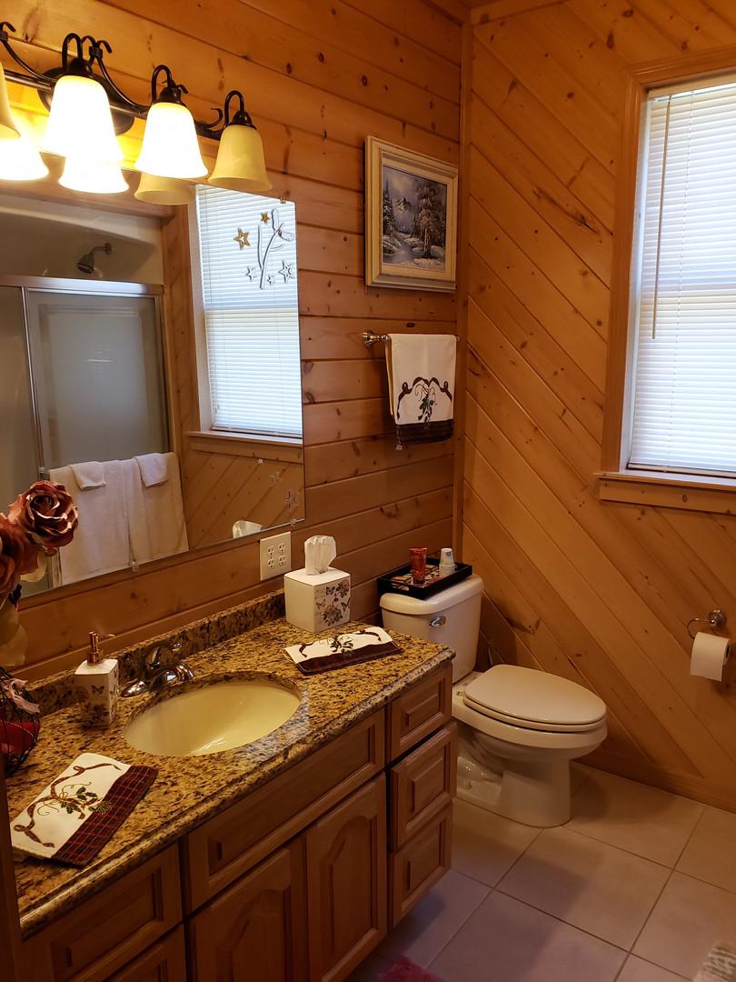Serenity Suite Bath