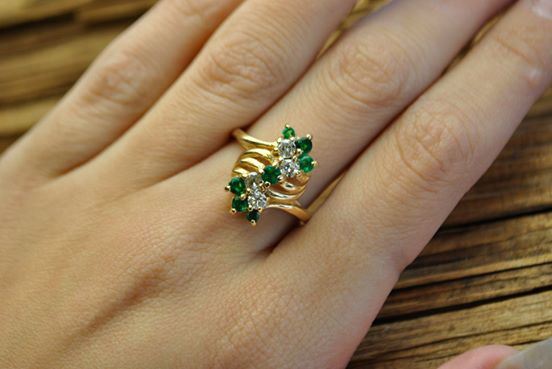 Estate Gold Emerald & Diamond Ring NH &