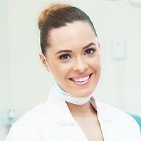 Dra. Iris Sol - A4 Clínica Odontológica - Ilha do Governador