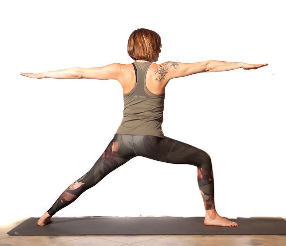 yoga jpg_lavorate__DSC02551593846776083.
