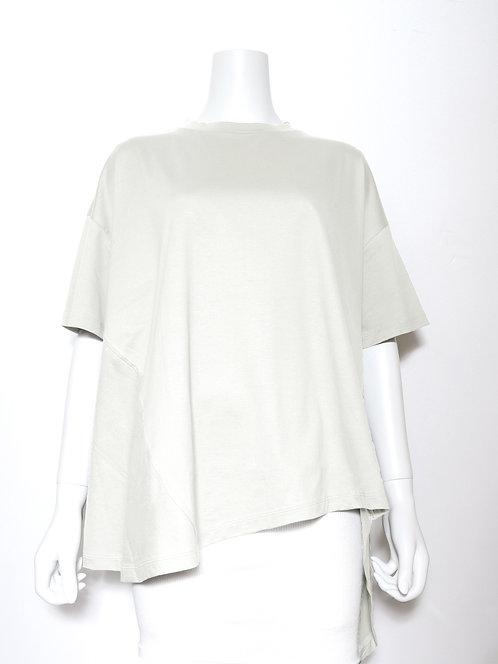 8907203 スビン 変形Tシャツ