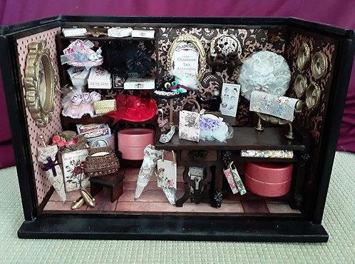Roombox Miniatura CHAPELARIA
